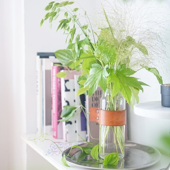 花瓶 ニトリ おしゃれな花瓶が欲しい!ブランド物から個性派までおすすめ16選|mamagirl [ママガール]